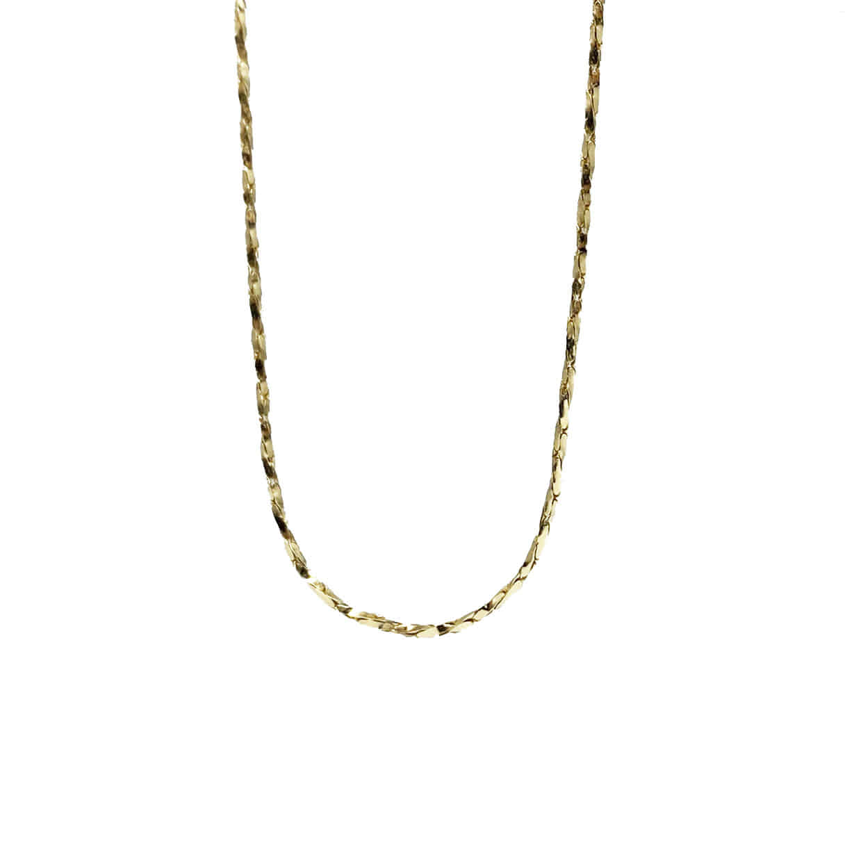 twist chain neck.